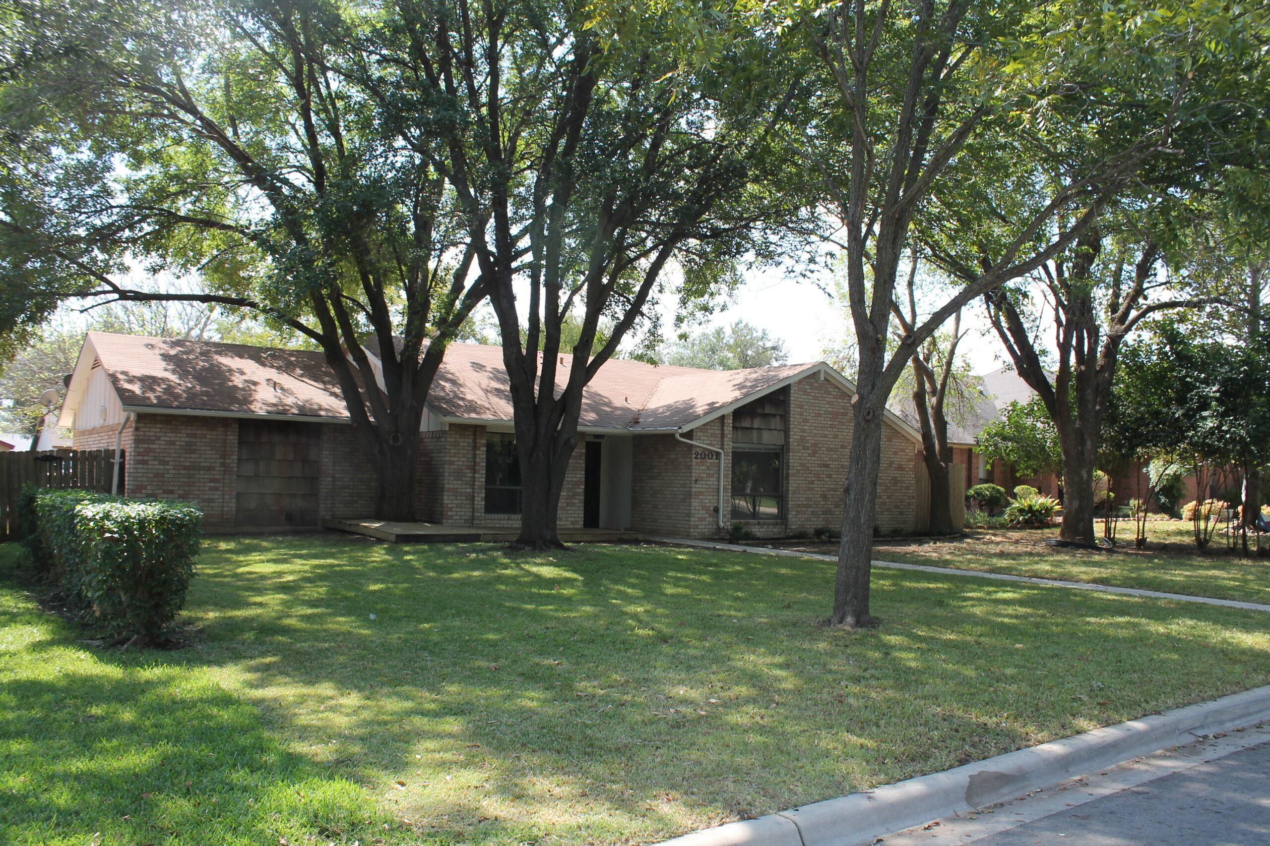 2001 Canyon Creek Temple, TX 76502